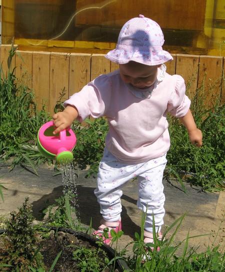 Воспитание самостоятельности у годовалого ребёнка — фото 4