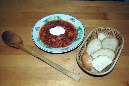 Борщ украинский с мясом и чесноком — фото 1