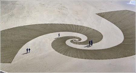 Рисунки на песке Джима Деневана — фото 3