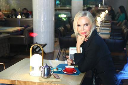 Алиса Лобанова приняла участие в съемках клипа Мота и Валерия Меладзе — фото 1