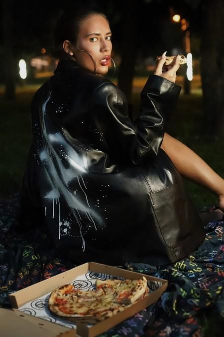 """Анастасия Аникина: """"Мало не значит вульгарно: о том, как носить открытые вещи"""" — фото 1"""