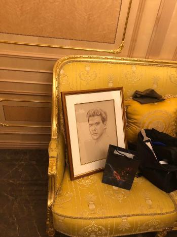 Никас Сафронов подарил портрет Денису Мацуеву и провел выставку в Кремле — фото 1