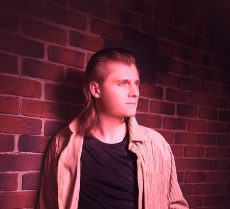 Электронный музыкант, композитор Алексей Фомин о том, как пишется музыка, в чем состоит главная задача музыканта и что важнее, творчество или финансовая сторона — фото 1