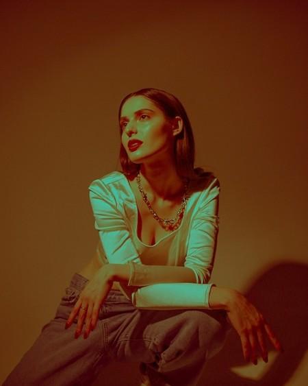 XARISTA выпустила mood-video на песню «Два придурка» — фото 1