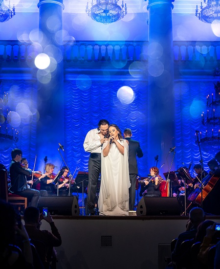 Игорь Монаширов исполнил 18 композиций в уникальной аранжировке — фото 1