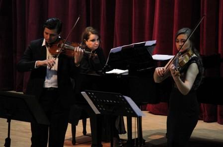 Музыка не знает границ: русские музыканты в столице Сирии — фото 1