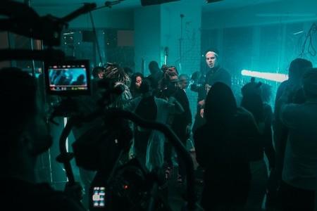 GAYAZOV$ BROTHER$, выпустили дебютный клип на свой новый трек «До встречи на танцполе» — фото 1