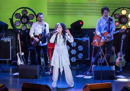 «Лови меня»: состоялась новая концертная программа Лины Милович — фото 1