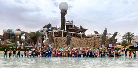 Рекорд Гиннеса установил аквапарк Yas Waterworld в Год толерантности — фото 1