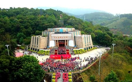 «Красный туризм» продвигают власти города Байсэ — фото 1