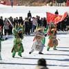 Бэньси привлекает туристов проведением праздника льда и снега