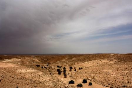 Гроза в пустыне