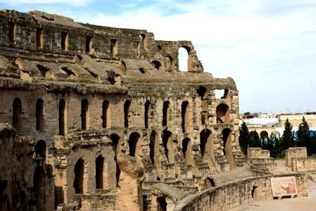 Колизей в Эль-Джем