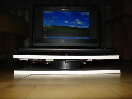 Охлаждающая подставка для ноутбука, работающая от USB порта — фото 3