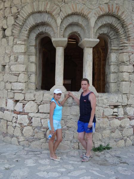 рядом с храмом Св. Николая