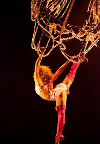 """Весёлые похороны старого клоуна или шоу """"Corteo"""", канадского цирка Cirque du Soleil. — фото 14"""