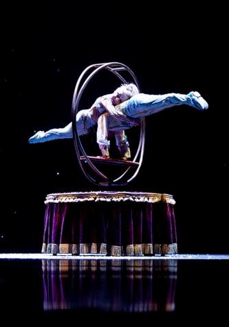 """Весёлые похороны старого клоуна или шоу """"Corteo"""", канадского цирка Cirque du Soleil. — фото 20"""