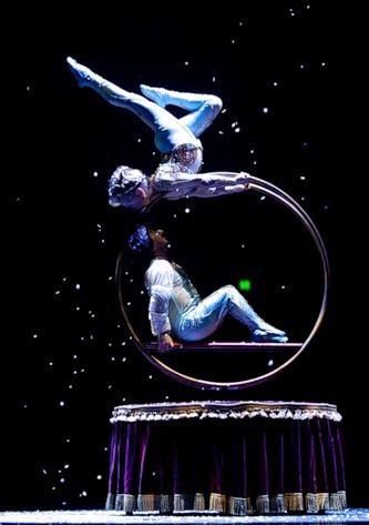 """Весёлые похороны старого клоуна или шоу """"Corteo"""", канадского цирка Cirque du Soleil. — фото 10"""