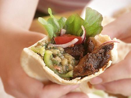 Блюдо выходного дня. Баранья нога  в лаваше с овощами — фото 9