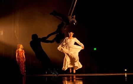 """Весёлые похороны старого клоуна или шоу """"Corteo"""", канадского цирка Cirque du Soleil. — фото 5"""