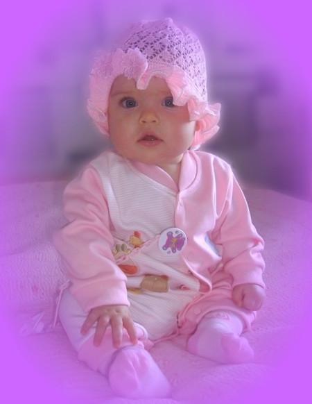 Принцессе уже 9 месяцев