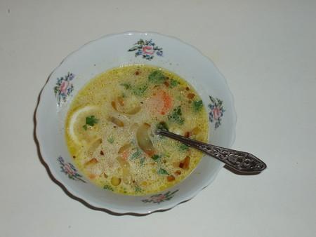 Французский рисовый суп со сметаной и лимоном — фото 1