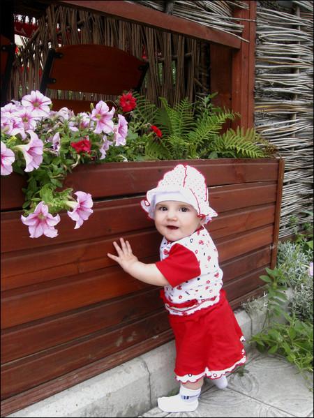 Наша малышка — Николь!