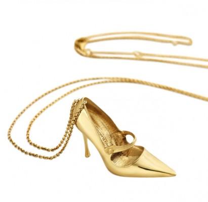 Туфли от Маноло Бланик можно носить … на шее — фото 2