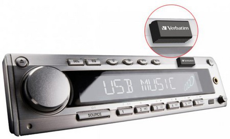 Автомобильная мини-флешка Verbatim Store'n'Go USB Car Audio Storage — фото 1