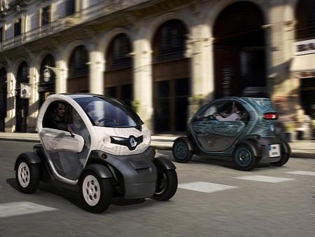 Renault Twizy — самый дешевый в мире электромобиль — фото 1