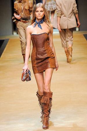 Кожаное платье - вызов окружающим! — фото 4