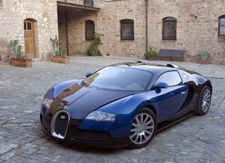 Bugatti Veyron - статусный автомобиль — фото 1