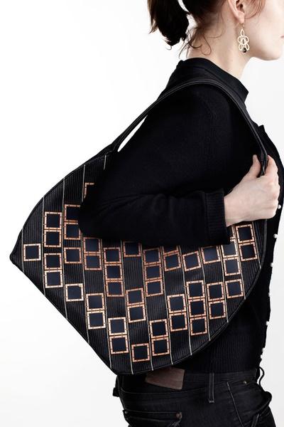 Solar Handbag – стильная сумка для дам и их гаджетов — фото 1