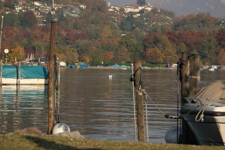 Маленькая, но гордая страна с бездонными горными озерами... — фото 5