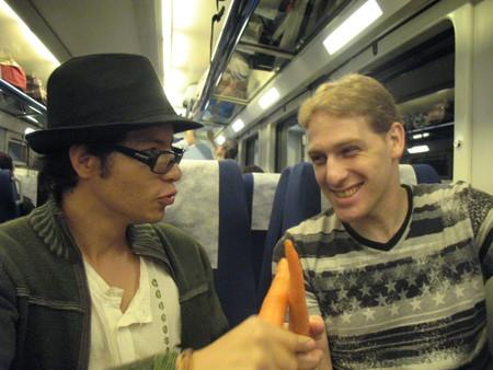 а кто-то начал сходить с ума еще в поезде:)
