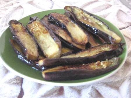 Жареные баклажаны с орехами — фото 7