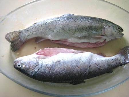 Жареная в духовке рыба с молоденькой картошечкой — фото 3