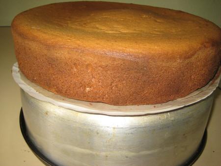 Клубничный бисквитный торт — фото 10