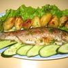 Жареная в духовке рыба с молоденькой картошечкой