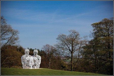 Сплетение слов из стихотворений в скульптурах Жаума Пленса — фото 4