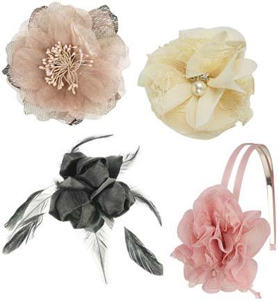 Весенний тренд: цветы в волосах — фото 16