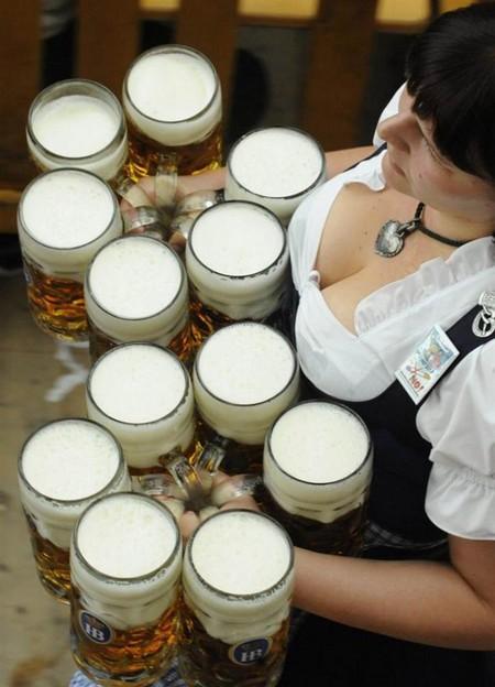 Любители пива ликуйте! В Мюнхене открылся ежегодный пивной фестиваль Октоберфест — фото 1
