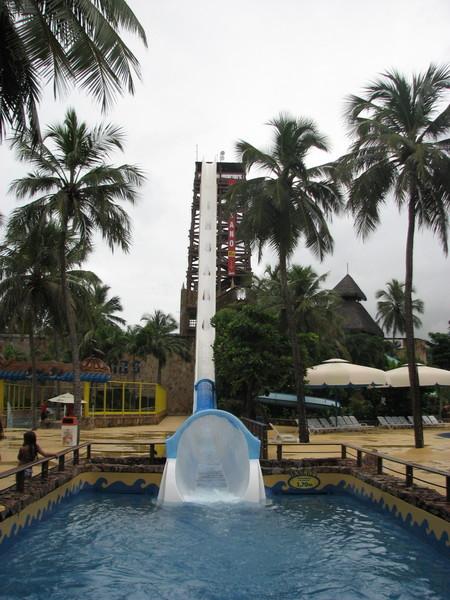 Insano water slide - самая экстремальная водная горка в мире — фото 8