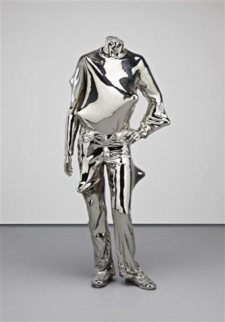 Концептуальные скульптуры Эрвина Вурма — фото 17