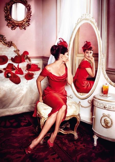 Красная страсть: Пенелопа Круз в итальянском календаре Campari — фото 7