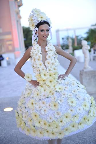 Обзор самых оригинальных идей для свадебного платья — фото 19