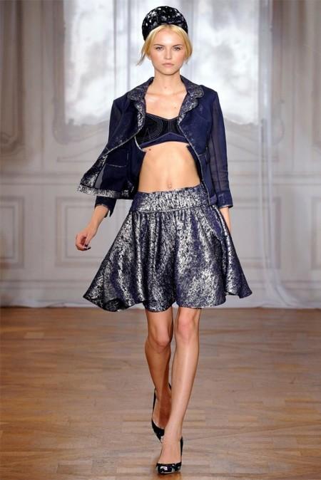 Топ-бандо лидировал на показах моды весна-лето 2012