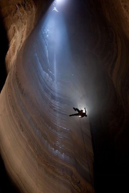 Крубера-Воронья  - самая глубокая карстовая пещера в мире — фото 15