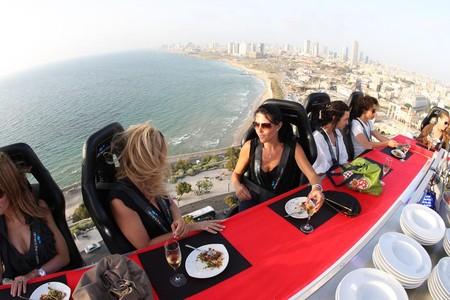 Что может быть лучше обеда на свежем воздухе? )