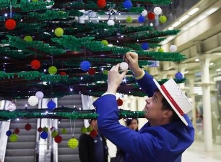 Самые необычные новогодние елки — фото 26
